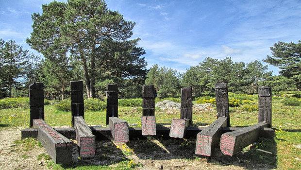 Monumentos a los Primeros Hombres